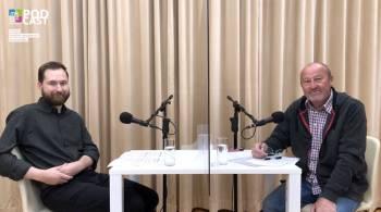 Podcast s Matějem Matelou o životním příběhu nadlesního Hugo Pekarka