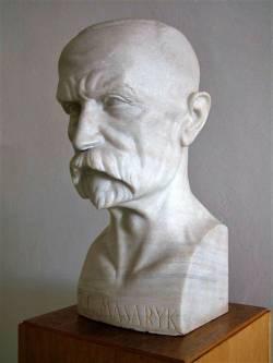 Díl jedenáctý: Saxa loquuntur – historie 20. století vepsaná do kamene