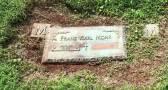 Hrob Franze K. Mohra se dodnes (až na tabulku s datem úmrtí) dochoval na hřbitově Monticello Memorial Park (zdroj: findgrave.com).